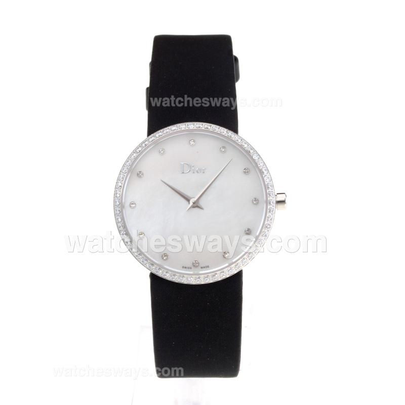 Repliki Christian Dior Diamond Case with White Shell Dial Black Leather Strap 203256