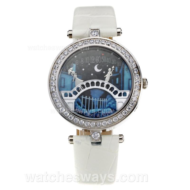 Repliki Van cleef & Arpels Diamond Bezel with Black Dial-White Leather Strap 212898